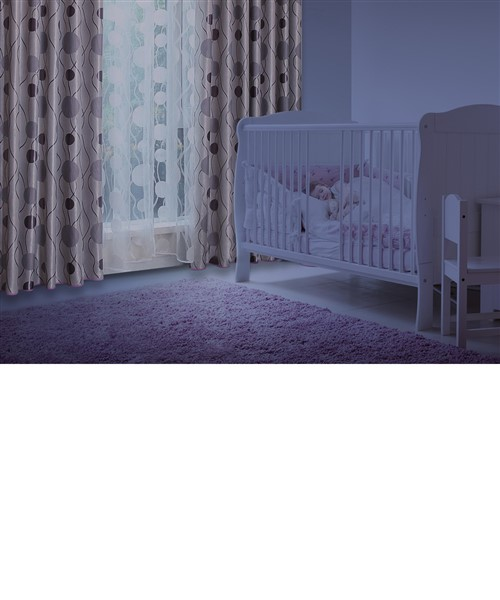 curtain will help organize infant sleep time